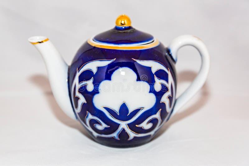 Herbaciany czajnik dla gorącej herbaty obrazy stock