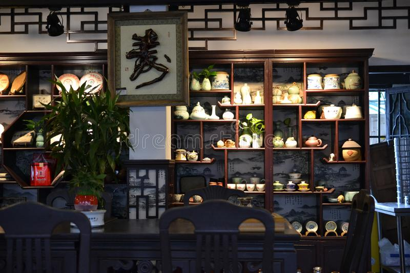 Herbaciany dom przy Yuyuan ogródem, dziejowy tradicional chińczyka ogród w Szanghaj, Chiny zdjęcie stock
