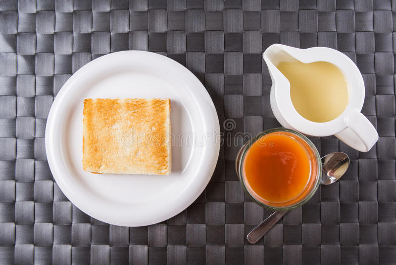 Herbata, grzanka i Kondensujący mleko II, obrazy stock