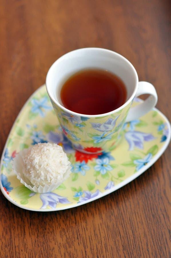 Herbata i raffaello zdjęcia stock