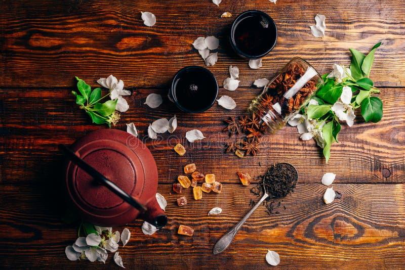 Herbata z kwiatami i Condiment fotografia royalty free