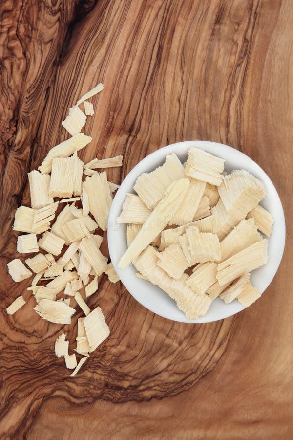 Download Herbe d'écorce de quassia photo stock. Image du ingrédient - 45352460