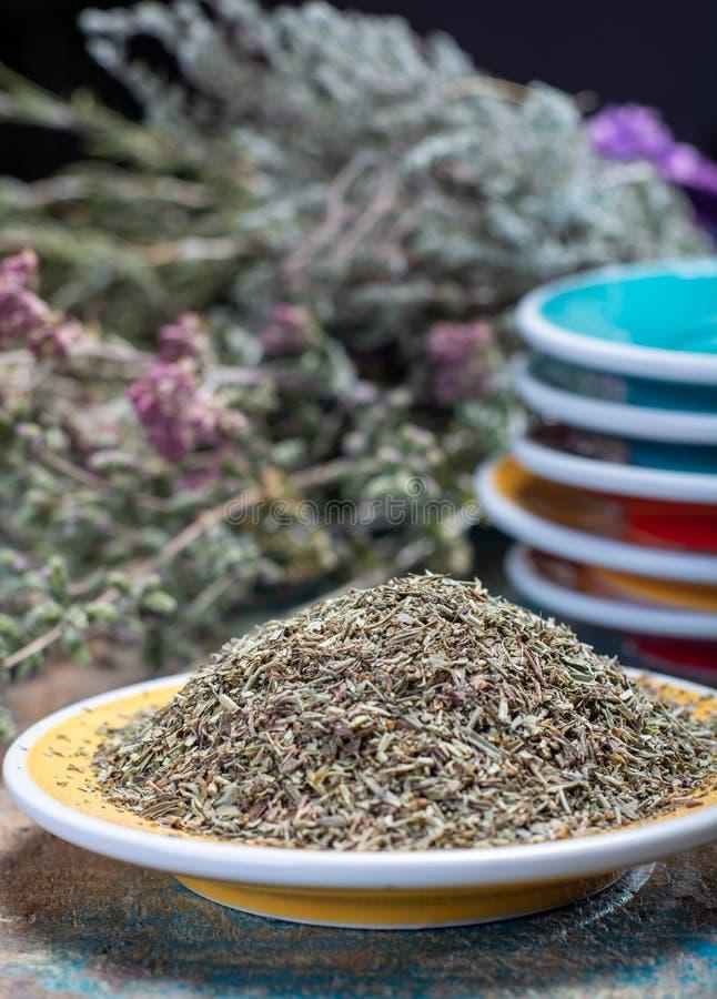 Herbes De Provence, mélange des herbes sèches a considéré typique de photos libres de droits
