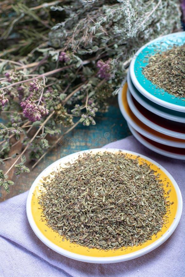 Herbes DE de Provence, mengsel van droge kruiden beschouwd van als typisch stock foto's