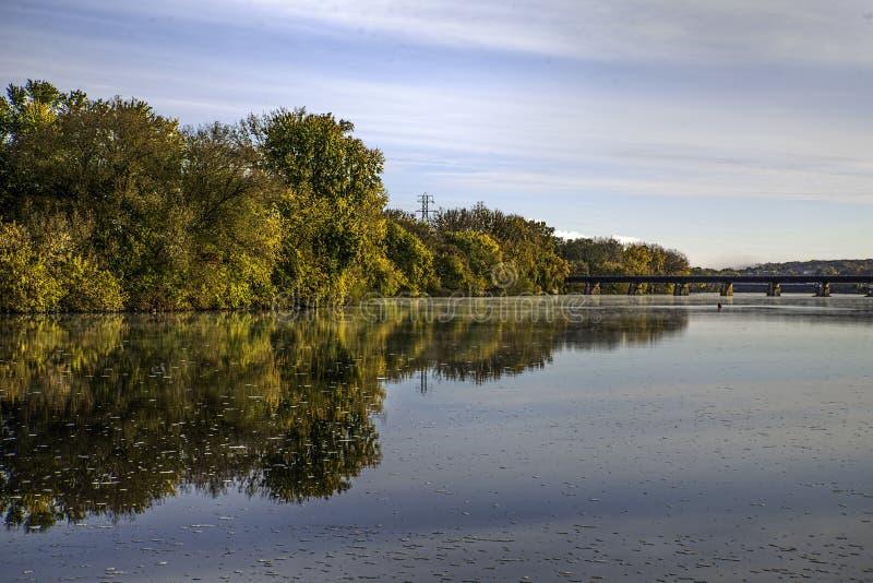 Herbst auf dem Mohikaner lizenzfreies stockfoto