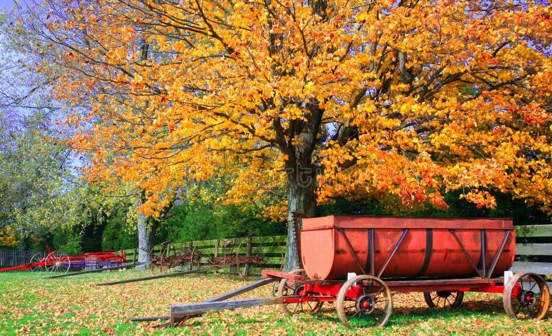 Herbst-Bauernhof-Szene lizenzfreie stockfotografie