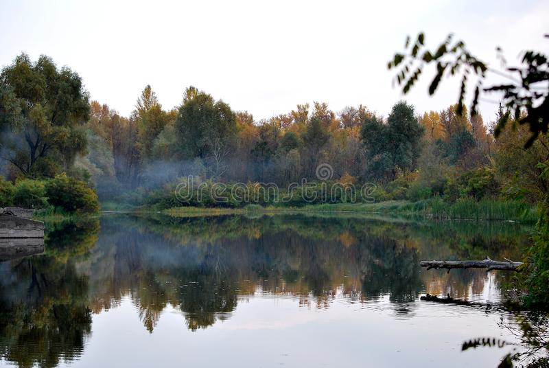 Herbst in der Stadt stockfotos
