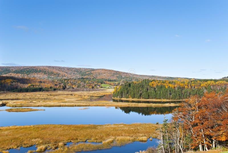 Herbst-Ladeplatte stockfoto