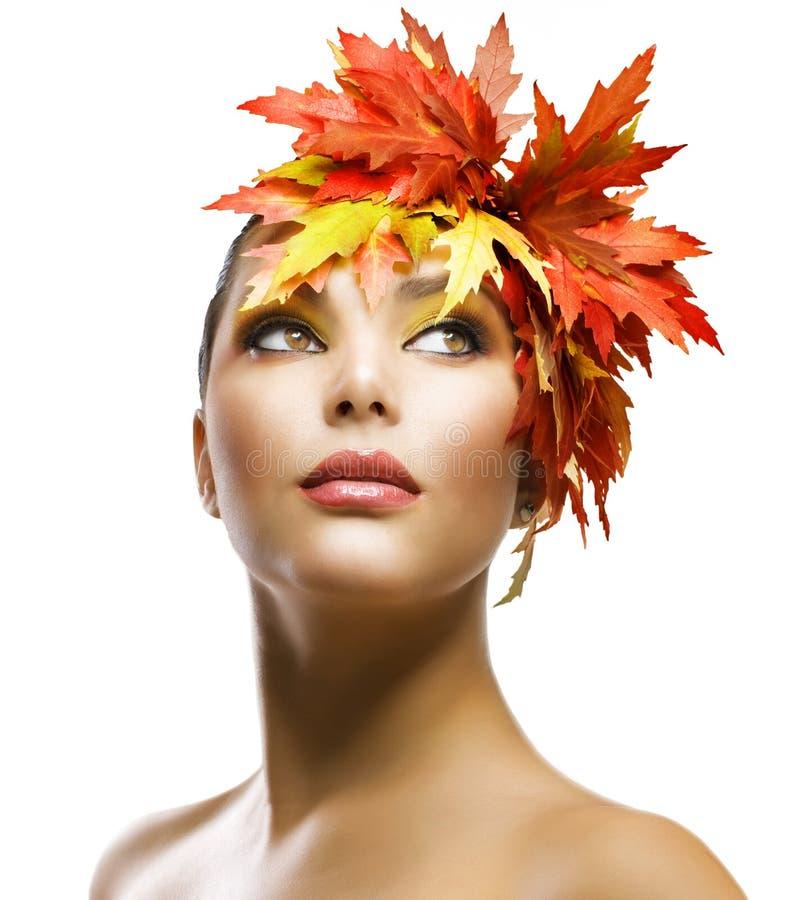 Herbst-Mädchen lizenzfreie stockbilder