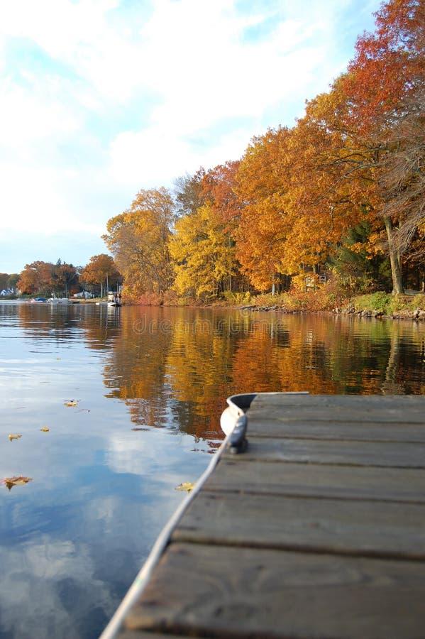 Herbst-Reflexionen stockfotografie