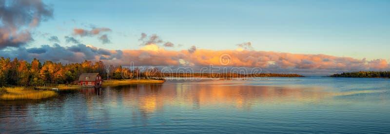 Herbst-Sonnenuntergang stockfotografie