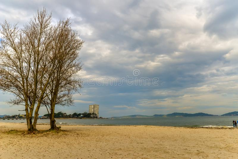 Herbst am Strand - Vigo lizenzfreies stockfoto