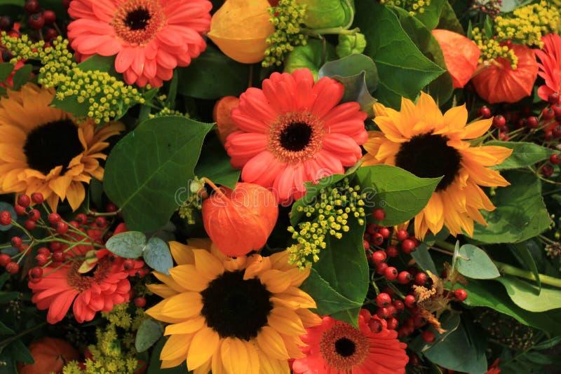 Herbsthochzeitsblumen lizenzfreies stockfoto