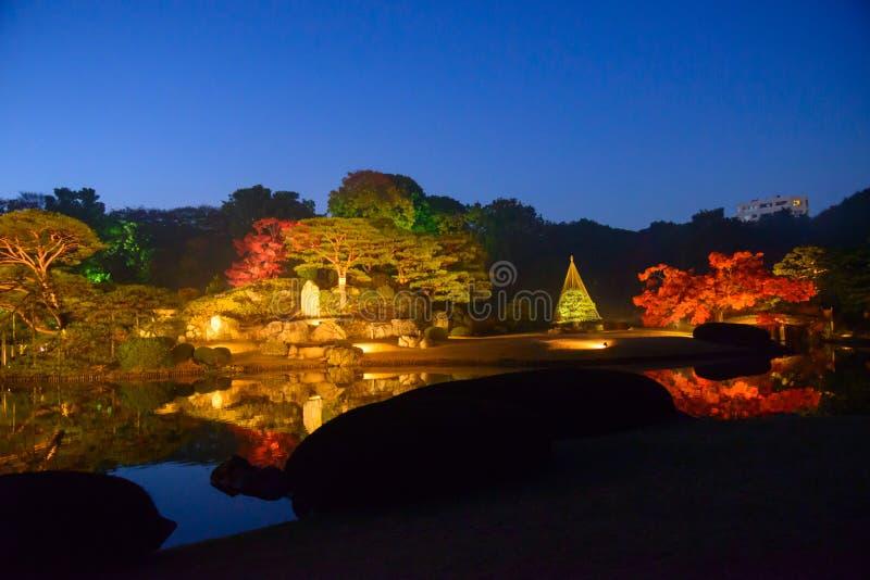 Herbstlaub in Rikugien-Garten, Komagome, Tokyo stockbild