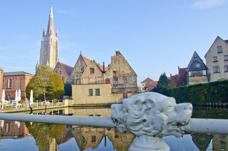 Herbstmorgen in Brügge, Belgien stockfotos