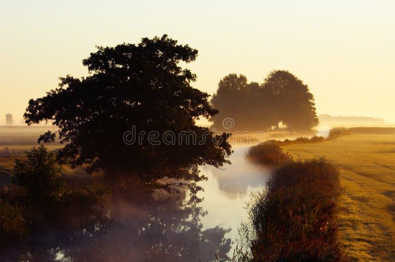 Herbstmorgenlandschaft lizenzfreies stockfoto