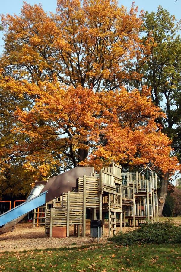 Herbstspielplatz stockfoto