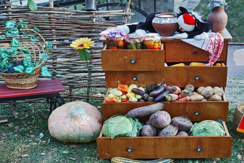 Herbststillleben mit Gemüse stockfotografie