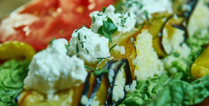 Herby Couscous Encheu Rolls EggPlant foto de stock