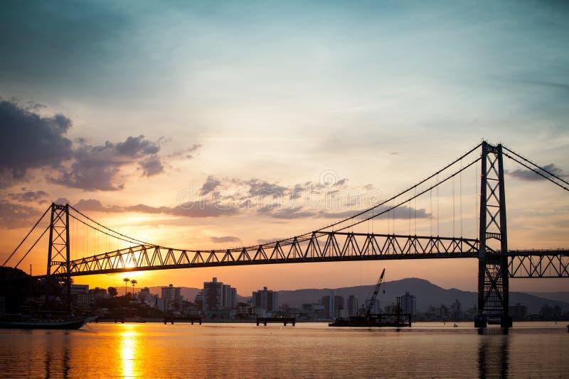 Hercilio Luz στο ηλιοβασίλεμα στοκ εικόνες