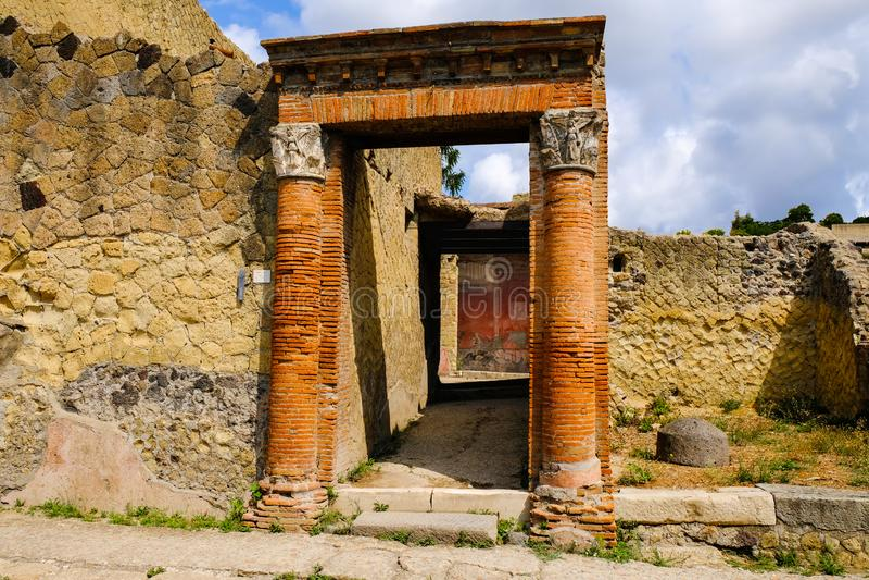 Herculaneum, ?????? ??????? ???? Πύλη στη βίλα, Ercolano, Ιταλία στοκ εικόνες