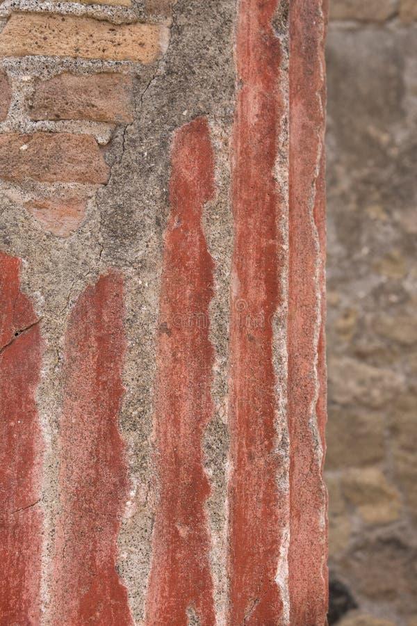 Herculaneum, Italië Sluit omhoog van muur en steun pijlers, in ruïnes van Roman stad van Herculaneum/Ercolano dichtbij Napels, It royalty-vrije stock fotografie