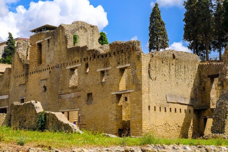 Herculaneum, oude Roman stad Woon twee-verhaal huis, Archeologische plaats, Ercolano, Italië stock foto