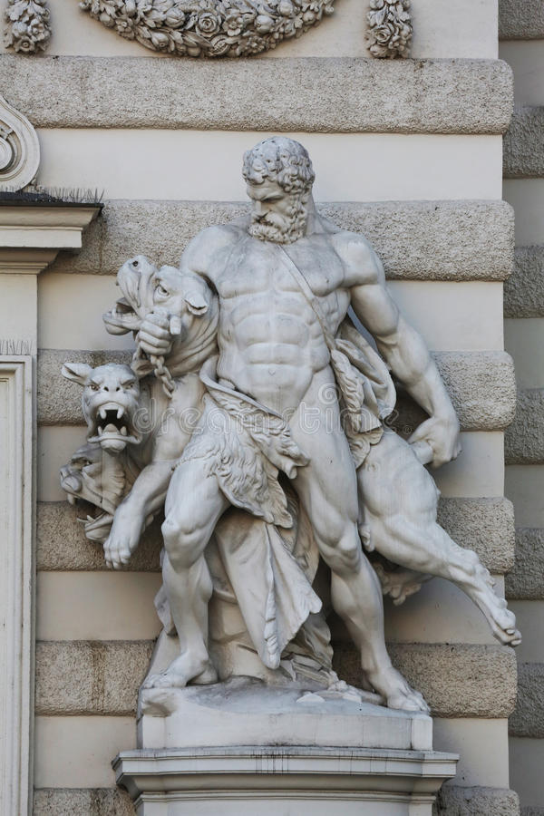 Hercule et Cerberus photographie stock libre de droits