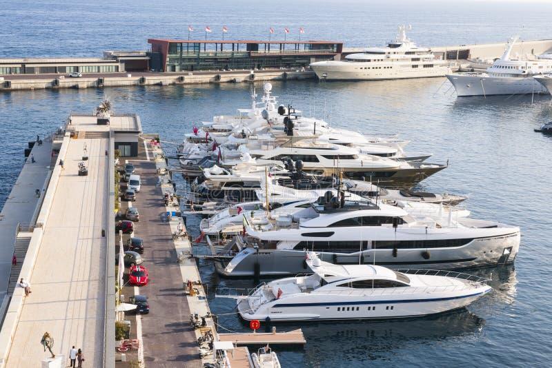Hercule portuario en Mónaco imágenes de archivo libres de regalías