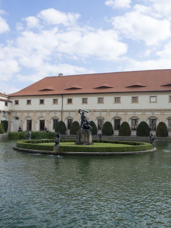 Hercules-fontein, Wallenstein-Tuin, Praag royalty-vrije stock fotografie