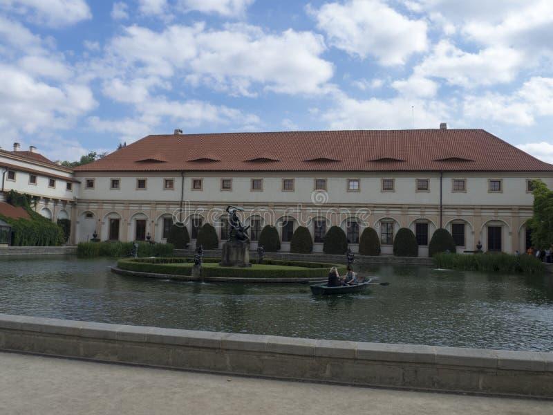 Hercules-fontein, Wallenstein-Tuin, Praag royalty-vrije stock foto's