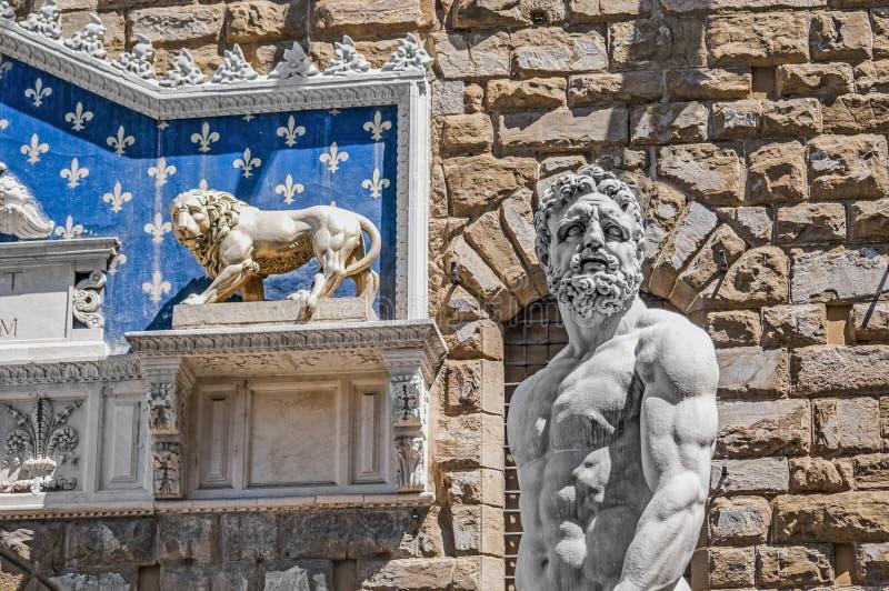 Hercules-standbeeld bij Signoria-vierkant in Florence, Italië stock foto's