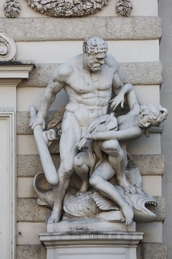 Hercules-standbeeld in Royal Palace Hofburg in Wenen royalty-vrije stock foto