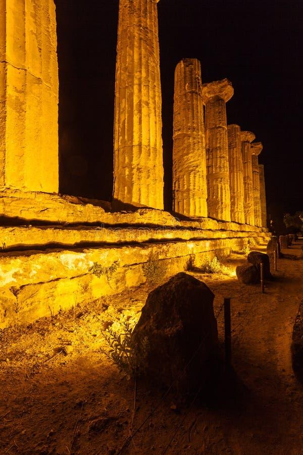 Hercules Temple in Agrigento archeologisch park sicilië stock foto