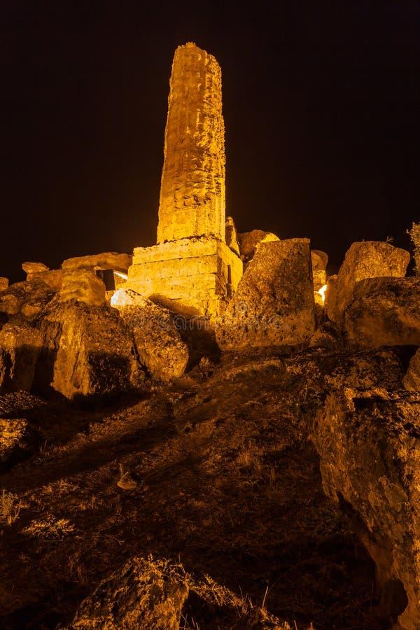 Hercules Temple en el parque arqueológico de Agrigento sicilia foto de archivo libre de regalías