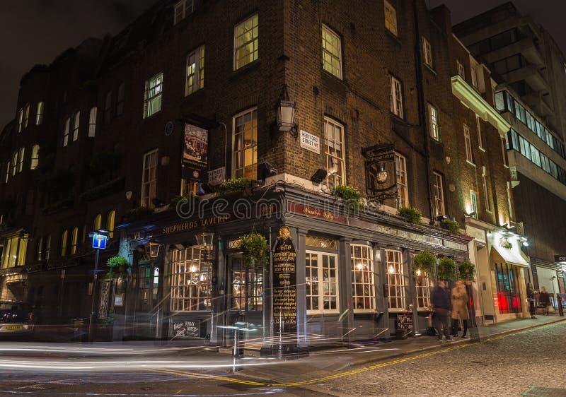 Herdekrogbar i Mayfair, London arkivfoto