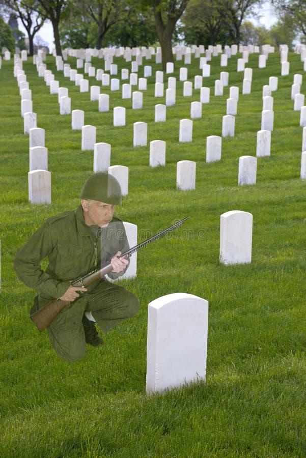 Herdenkingsdag, de Begraafplaats van de Oorlogsveteraan, Leger Solider royalty-vrije stock afbeeldingen