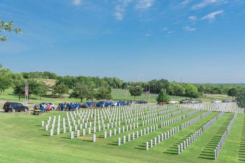 "Herdenkingsdagviering in Dallas†""Fort Worth Nationale Cemeter royalty-vrije stock foto"