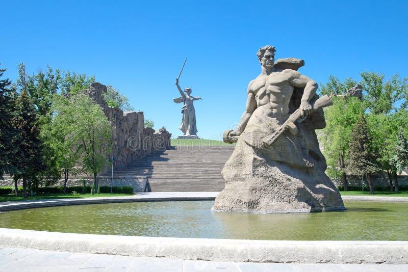 Herdenkingsmamayev kurgan Mamaev stock foto's