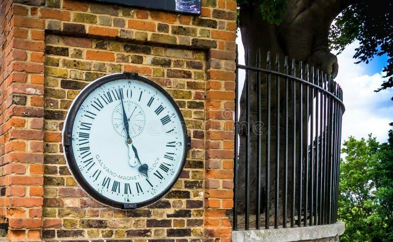 Herdeportklocka på den kungliga Greenwich observatoriet royaltyfri foto