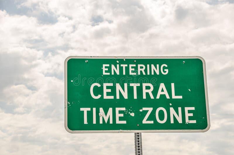 Hereinkommendes zentrale Zeit-Zonen-Zeichen stockfotos