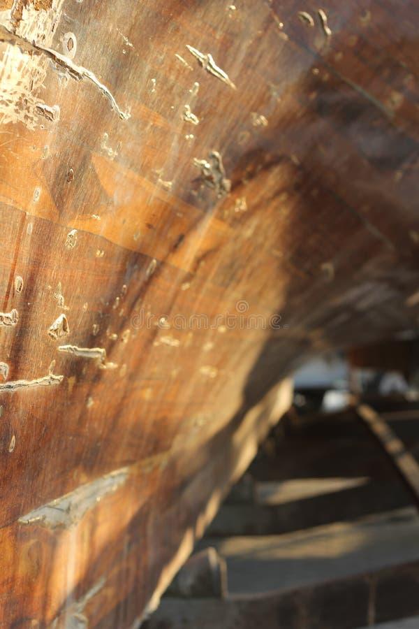 Herencia de madera del transporte del casco del barco árabe del Dhow imagenes de archivo