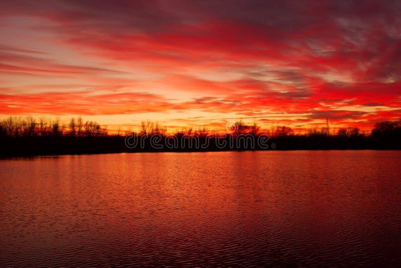 Herfst zonsondergang stock afbeeldingen