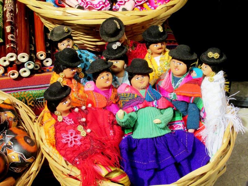 Herinneringspoppen in Boliviaanse nationale doek stock afbeelding