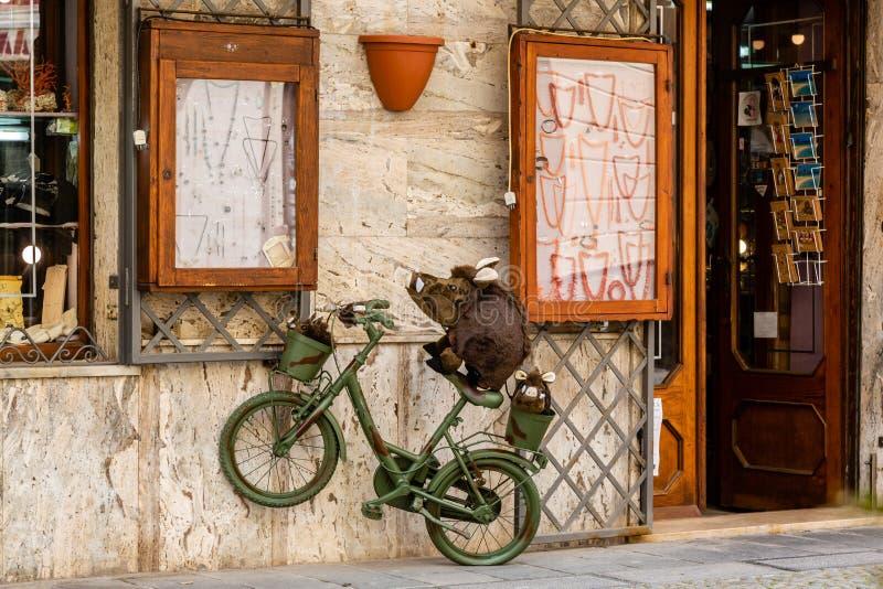 Herinneringswinkel in Alghero op het Eiland Sardinige stock foto