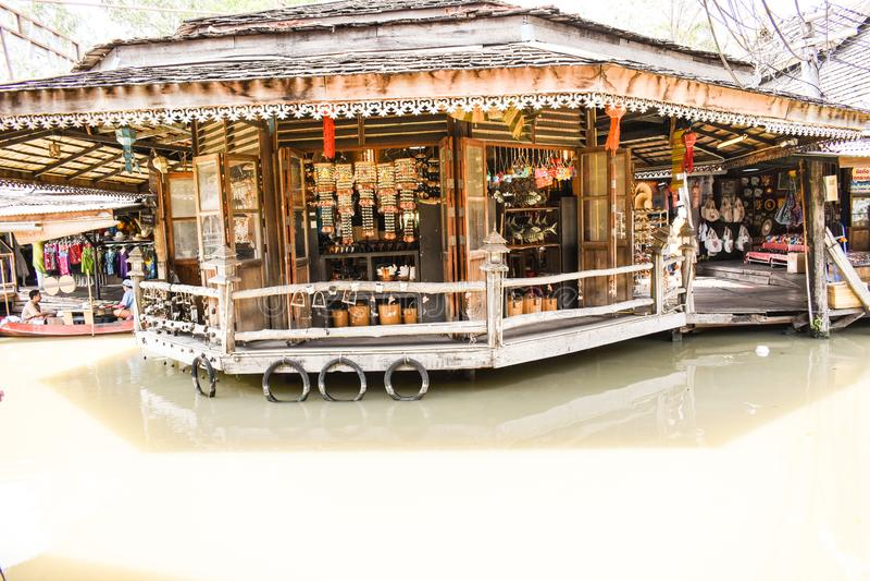Herinneringswinkel in de gift van Thailand het Lopen Straat het drijven markt royalty-vrije stock foto