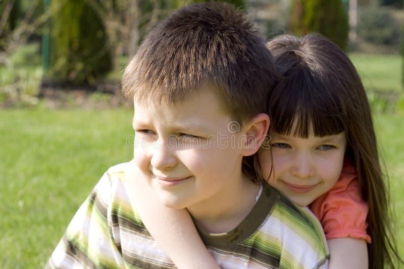 Hermana con el hermano imágenes de archivo libres de regalías