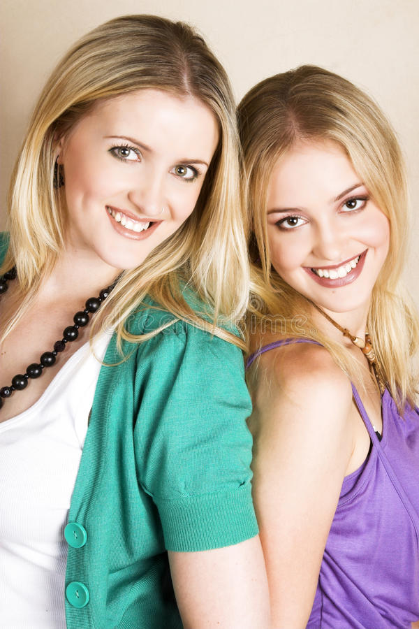Hermanas foto de archivo libre de regalías