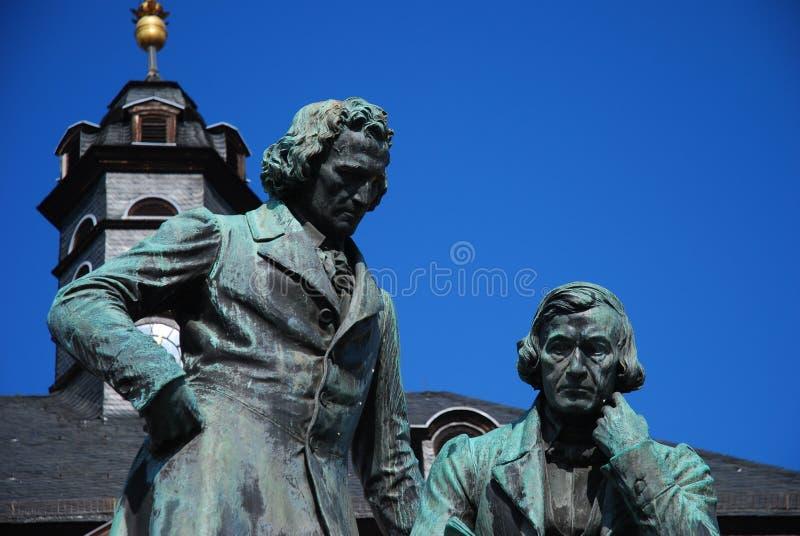 Hermanos Estatue - Hanau - Alemanha de Grimms imagenes de archivo