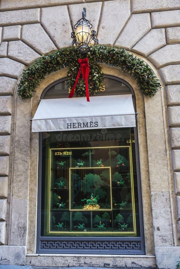Hermes compra em Roma, Itália imagens de stock royalty free